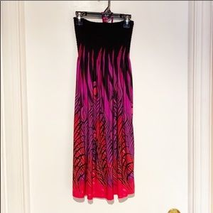 🆕 Beautiful Halter Dress size M